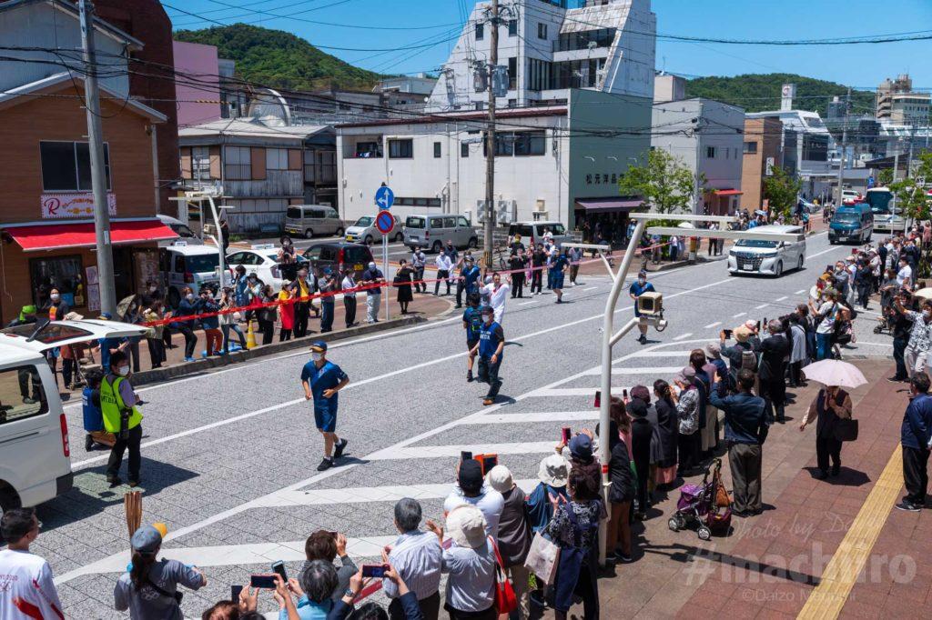 オリンピック聖火リレー 奄美大島なぜまち商店街 1